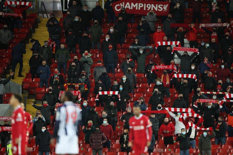 Premier League con aficionados